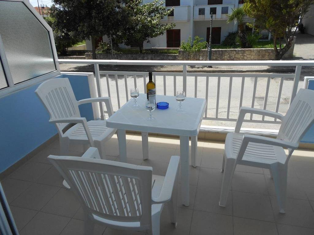 georgia house kallithea kassandra 3 bed room 1