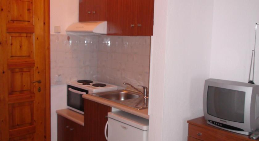venia_apartments_afitos_halkidiki.jpg1