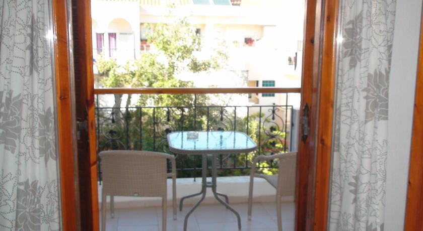 venia_apartments_afitos_halkidiki.jpg10