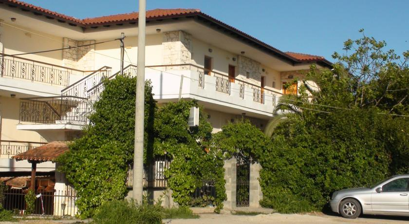 venia_apartments_afitos_halkidiki.jpg12
