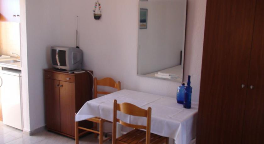 venia_apartments_afitos_halkidiki.jpg4