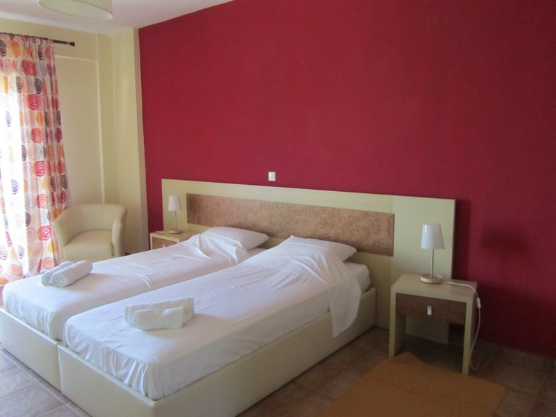 hotel moombean pefkari 2plus2 bed room 8