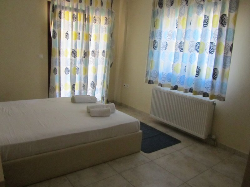 moonbeam hotel pefkari 2plus2 bed apartment 1