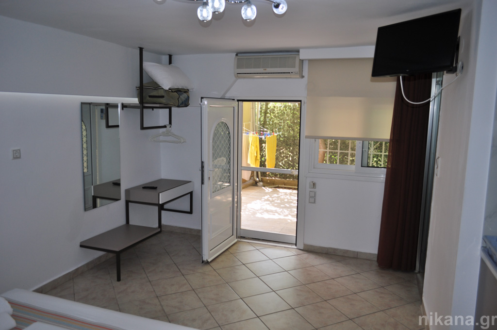 asteria studios potos thassos 4 bed studio (3+1) ground floor  (13)