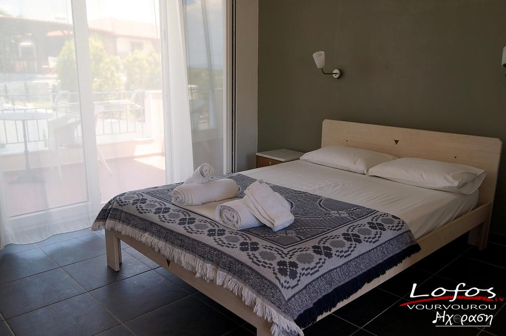 lofos vourvourou sithonia 2 bed studio 4