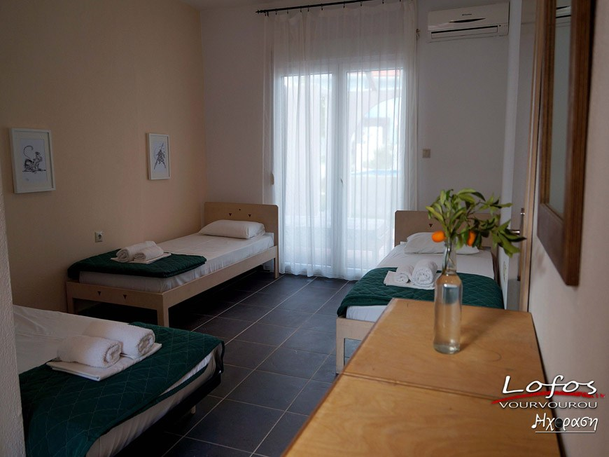 lofos vourvourou sithonia 4 and 5 bed apartment 1