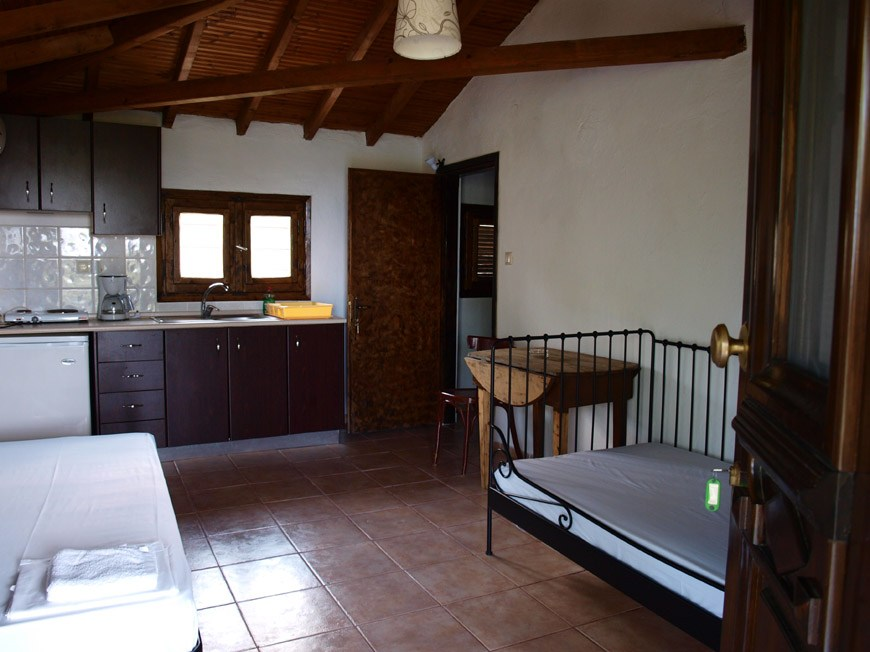 lofos vourvourou sithonia 4 bed stone house 4