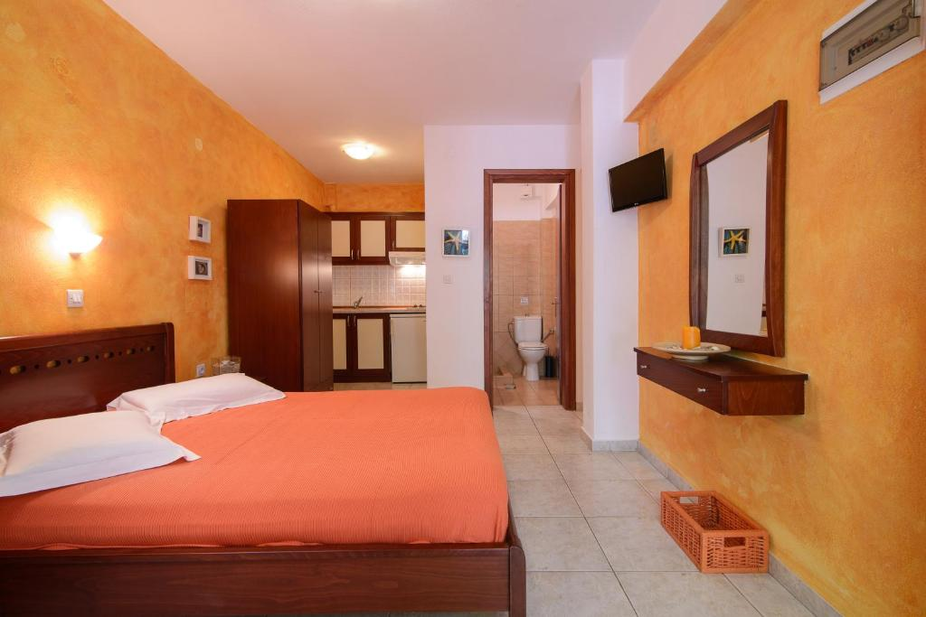 aristea studios sarti sithonia 2 bed studio starfish no 3 (3)