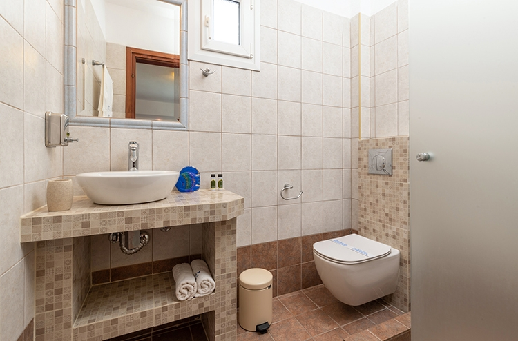 aristea studios sarti sithonia 5 bed apartment wine no 9 (6)