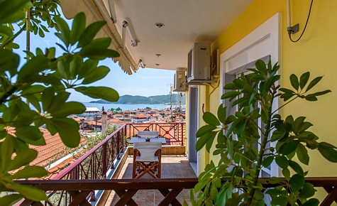 aristea studios sarti sithonia 5 bed apartment wine no 9 (7)