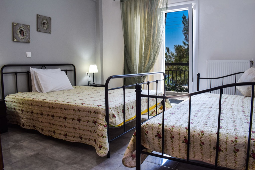 magda rooms neos marmaras sithonia duplex apartment R 1 (2)
