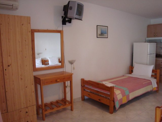 para thin alos rooms and apartments neos marmaras sithonia 30