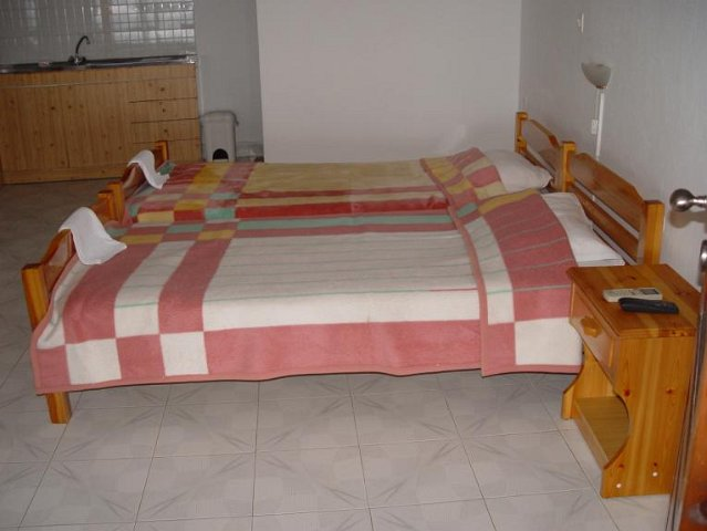 para thin alos rooms and apartments neos marmaras sithonia 31