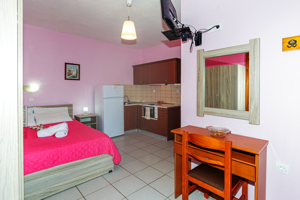 litsa panagi apartments vourvourou sithonia 22