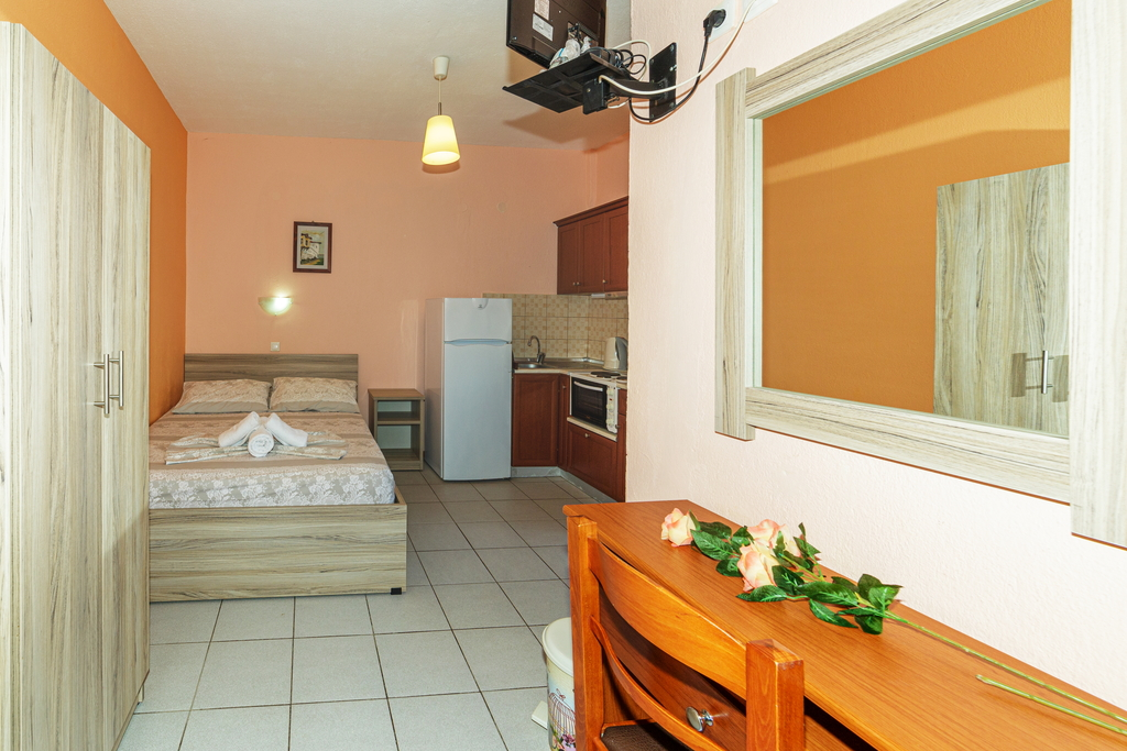 litsa panagi apartments vourvourou sithonia 28