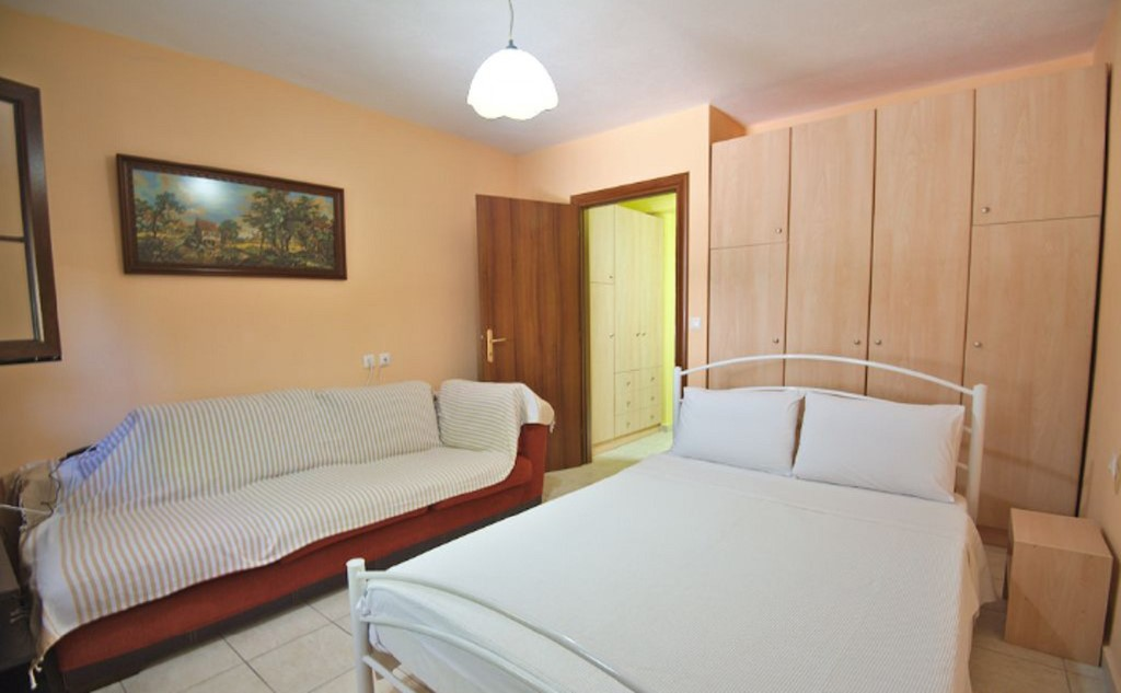 angelos studios nikiti sithonia apartment 10