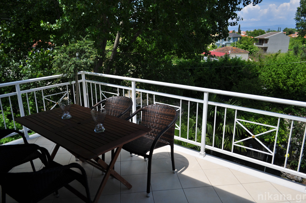 alekos villa limenas thassos 7 bed apartment first floor  (18)