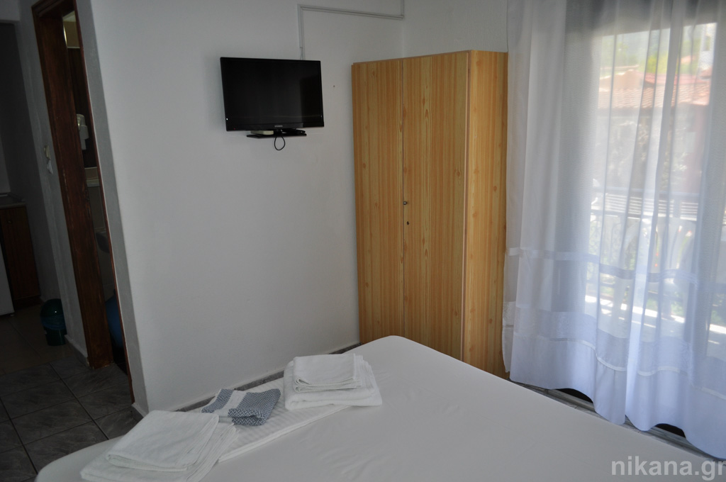 eleni studios skala potamia thassos 2 bed studio #2 first floor  (3)