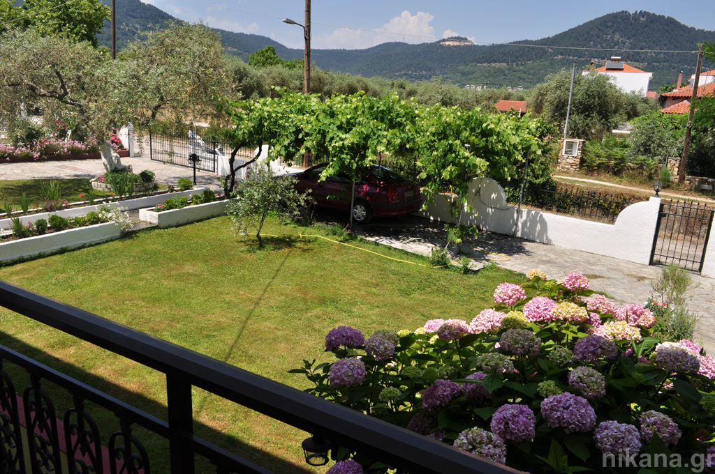 eleni studios skala potamia thassos 4 bed studio #3 first floor  (12)