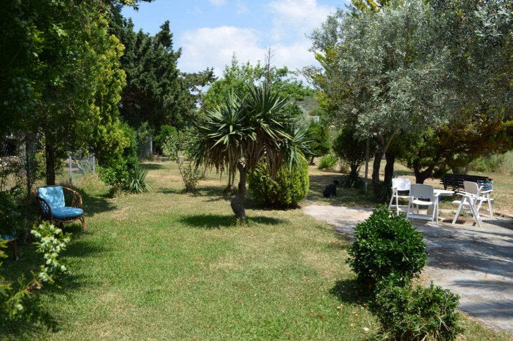 Maria garden house toroni sithonia accommodation for Maria s garden center