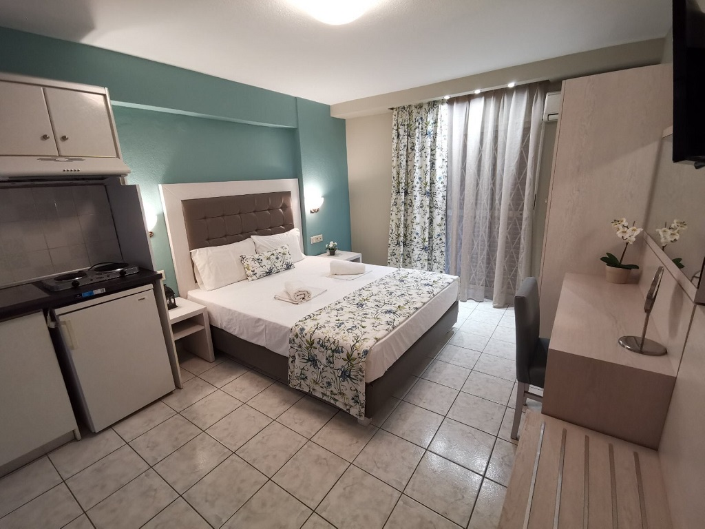 olga hotel sarti sithonia 2 bed studio ground floor 2