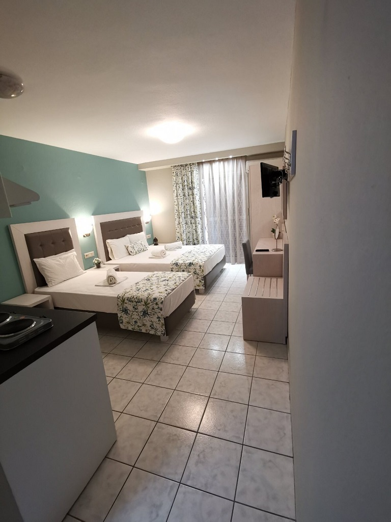 olga hotel sarti sithonia 3 bed studio ground floor 14