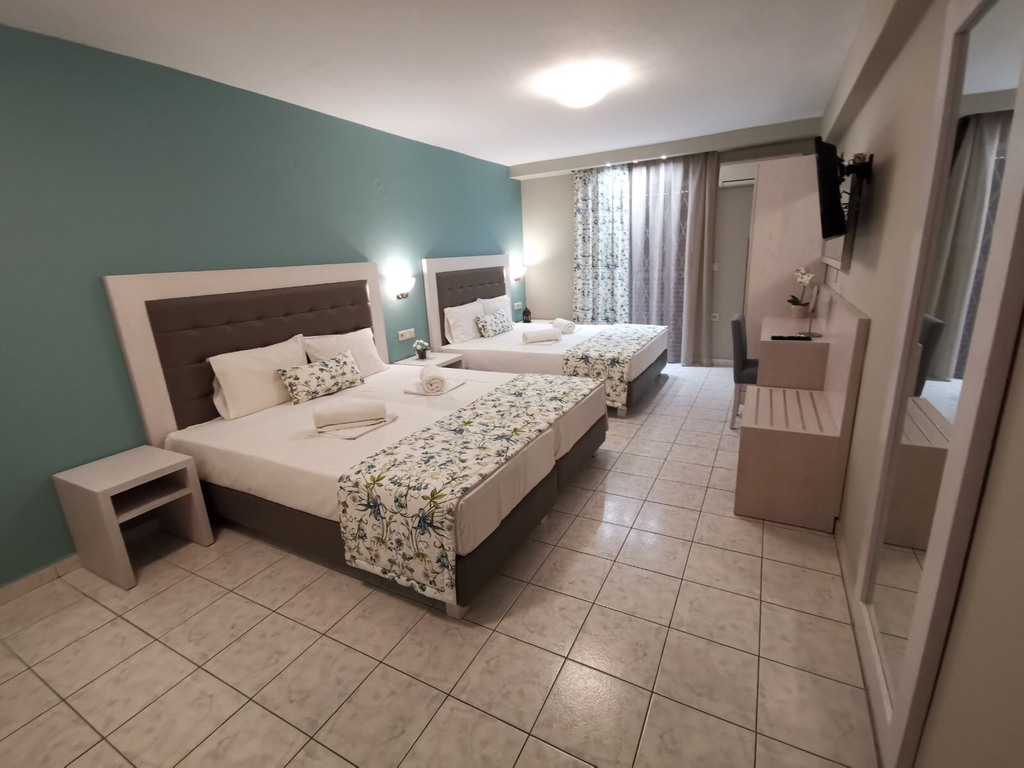 olga hotel sarti sithonia 4 bed studio ground floor 1