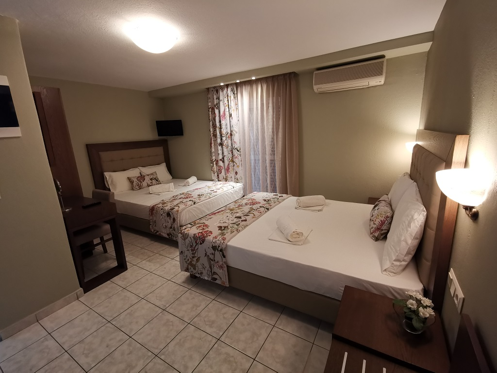 olga hotel sarti sithonia 4 bed studio ground floor 10