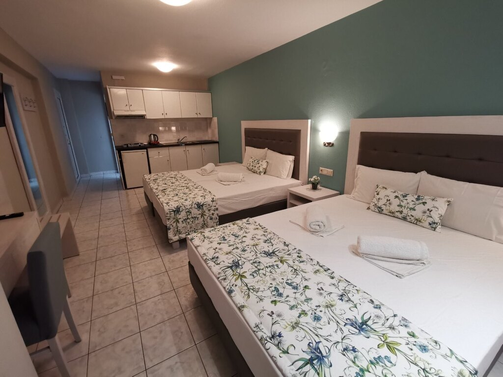 olga hotel sarti sithonia 4 bed studio ground floor 6