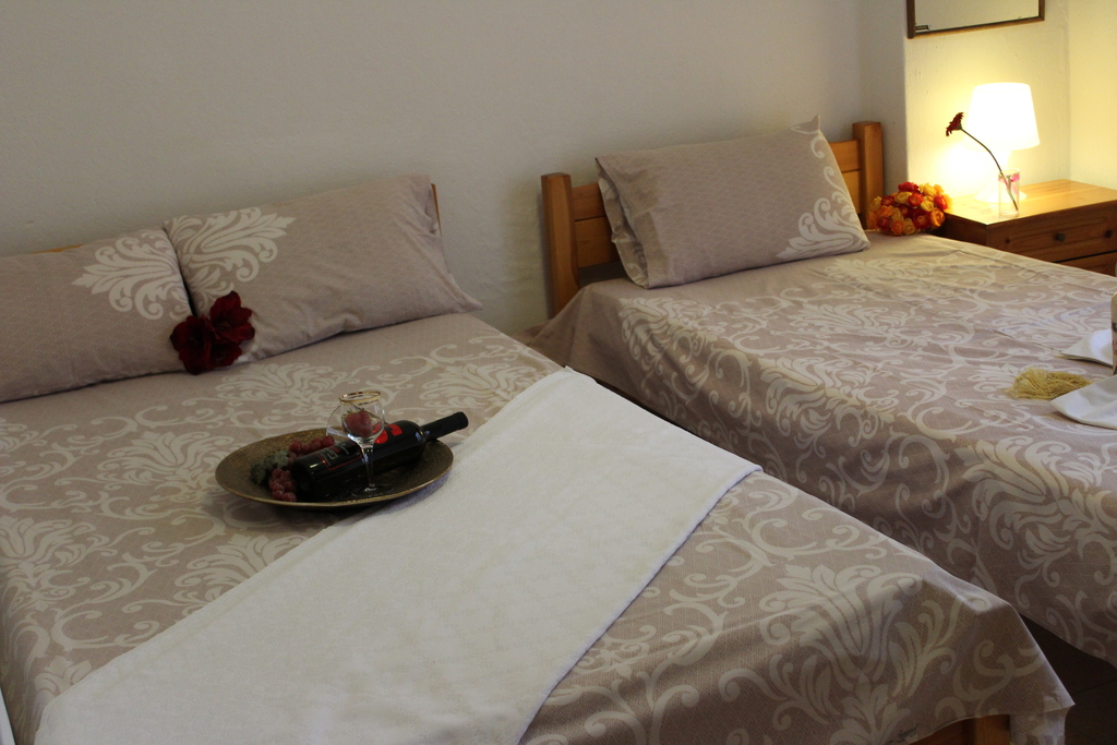 anastasia house 2 stavros thessaloniki 4 bed studio ground floor 3