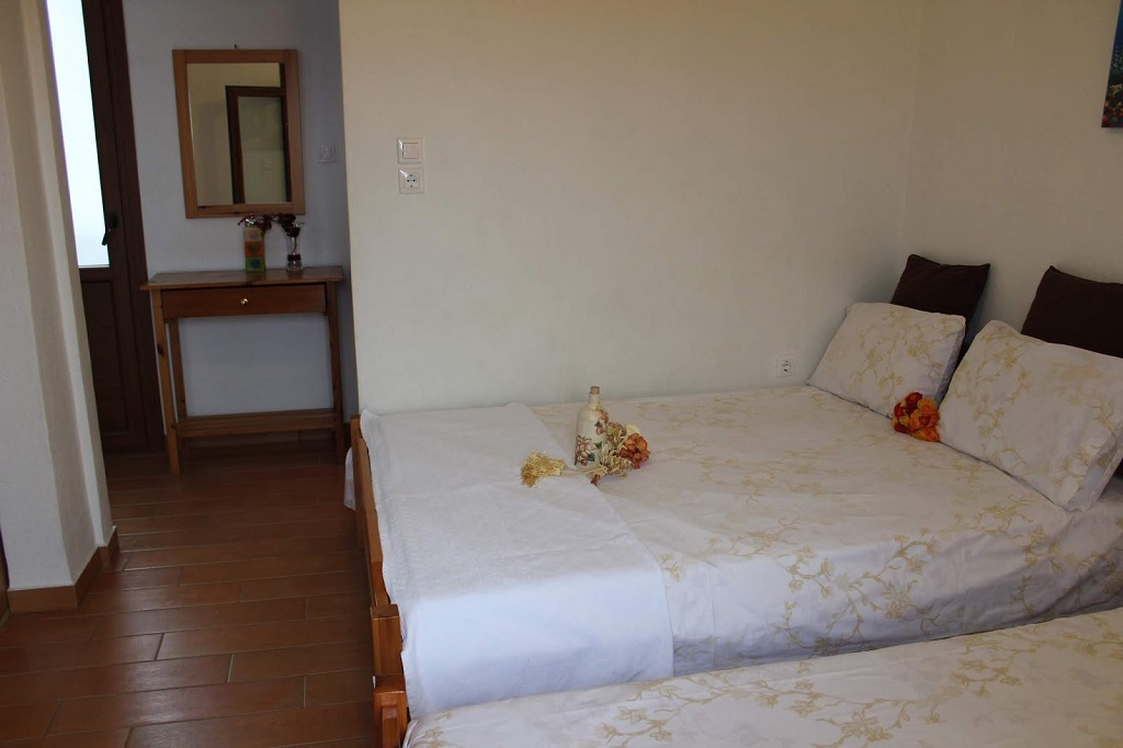 anastasia house 2 stavros thessaloniki 4 bed studio third floor 2
