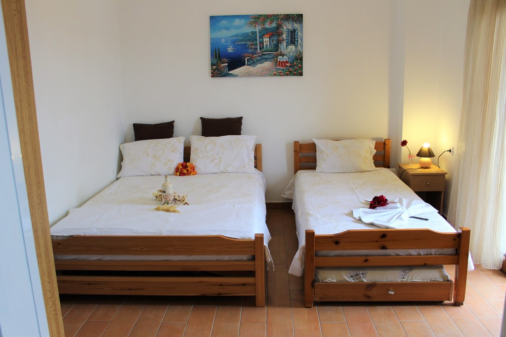 anastasia house 2 stavros thessaloniki 4 bed studio third floor 4