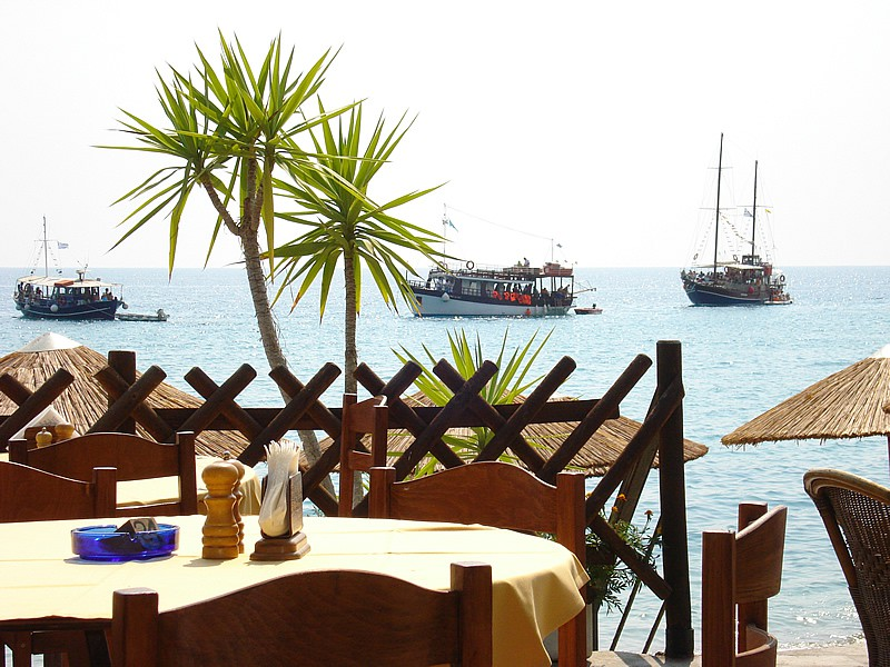the best restaurants and dishes on south of the island (1)