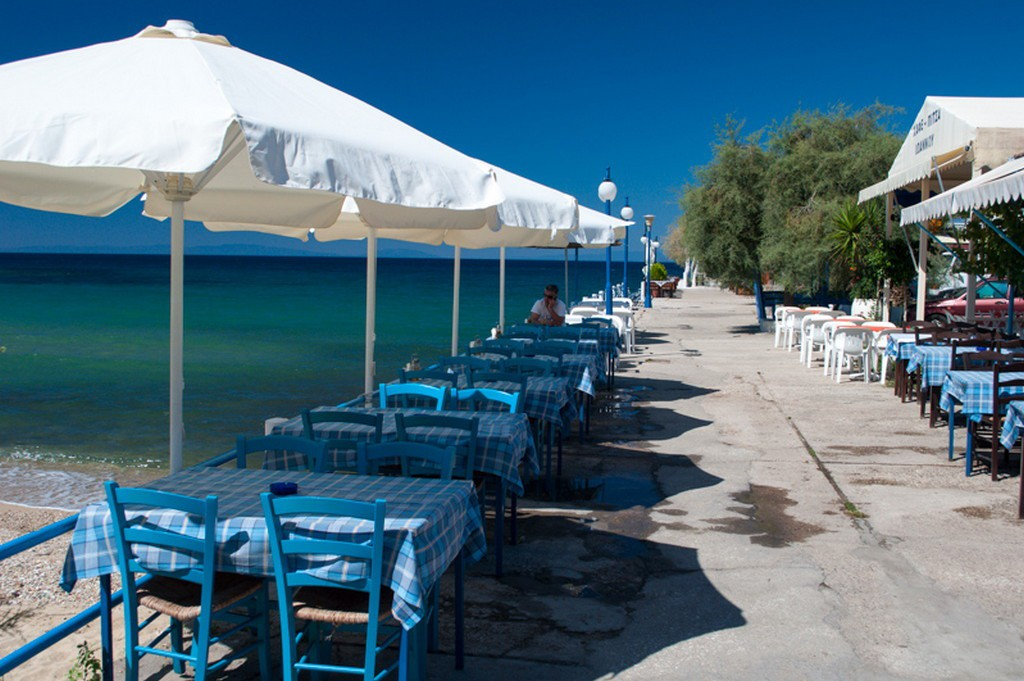 Why choose west coast of Thassos? 5