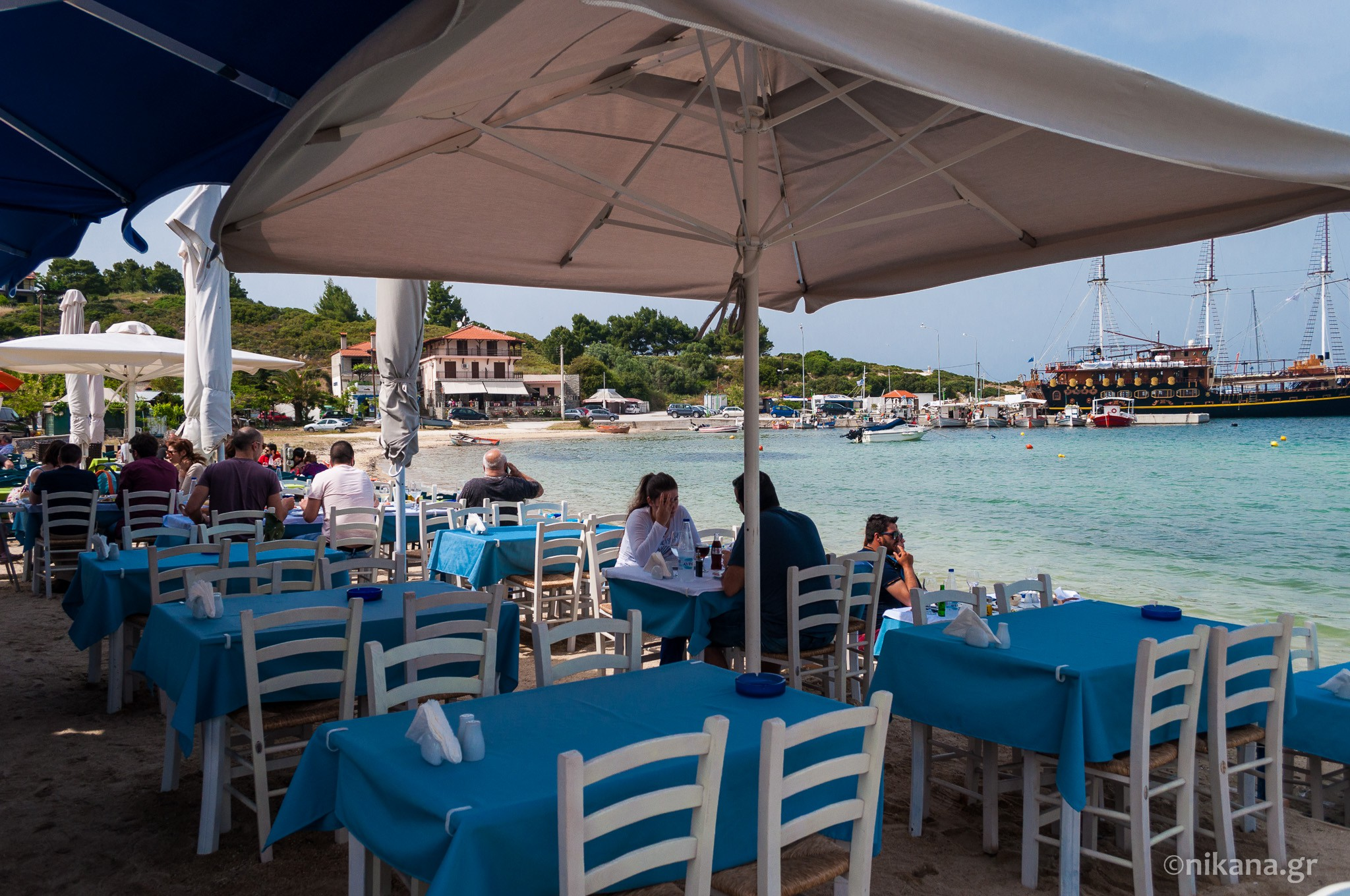 the best restaurants and dishes on sithonia  (14)