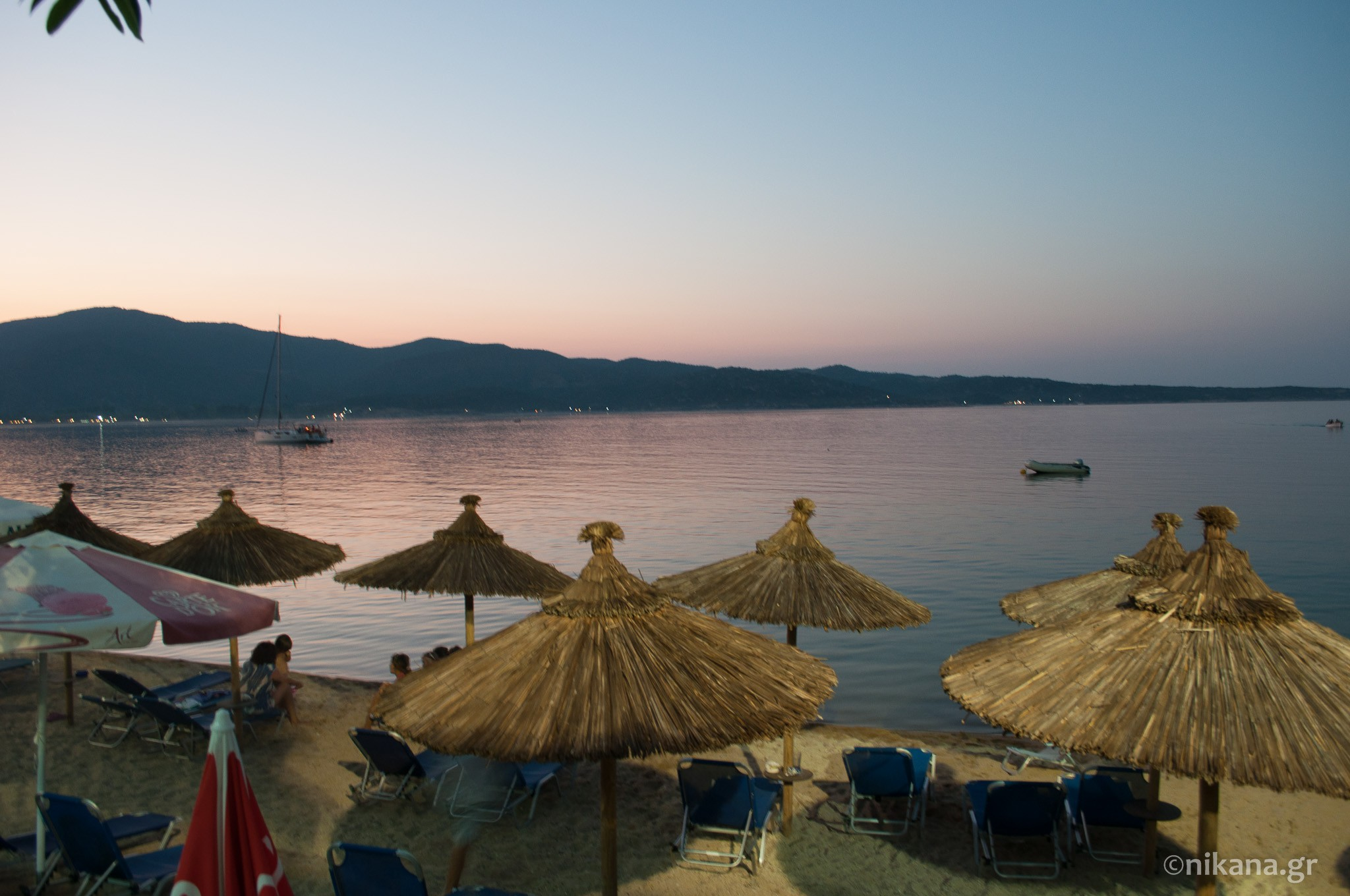 the best restaurants and dishes on sithonia  (2)