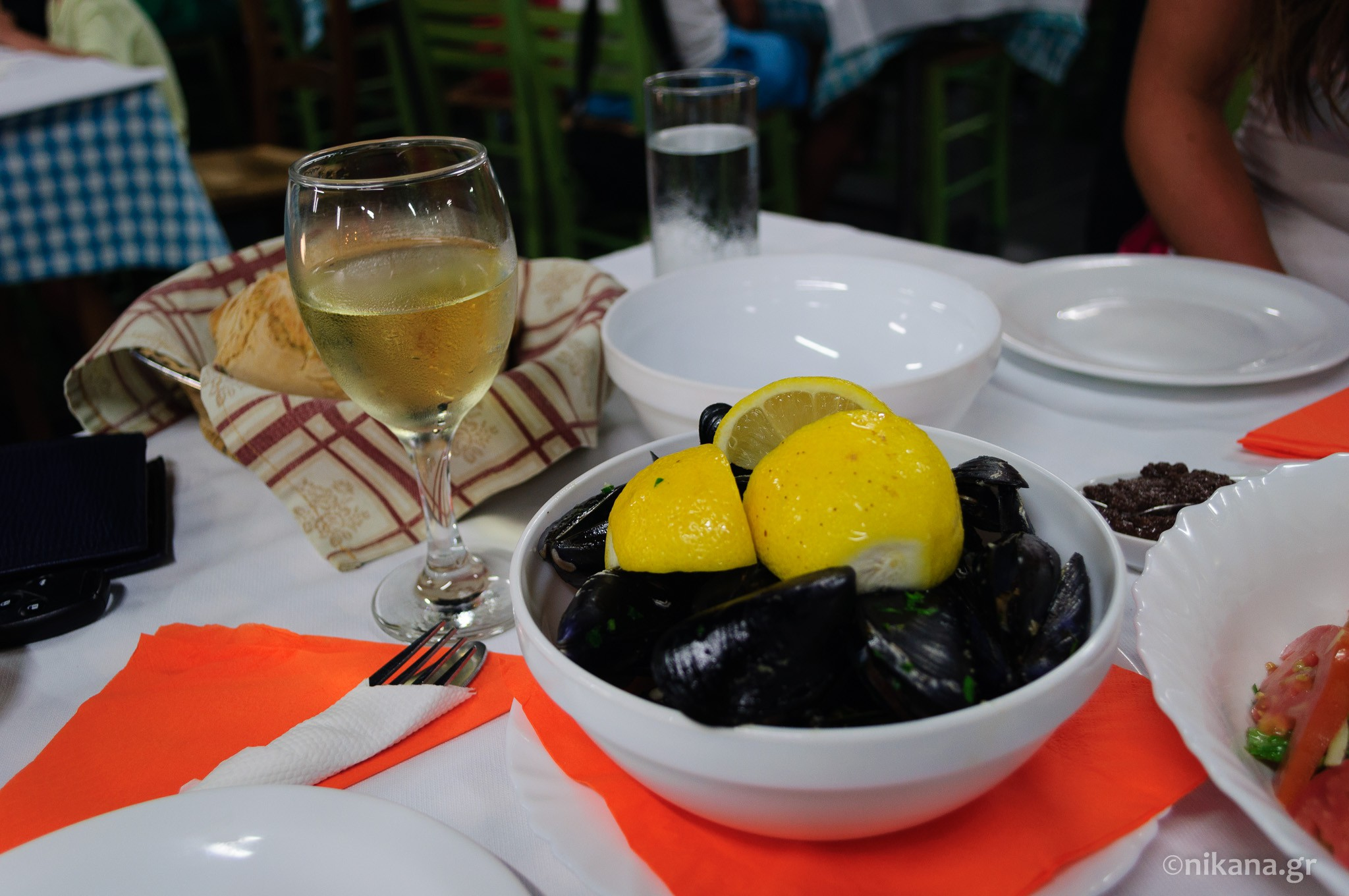 the best restaurants and dishes on sithonia  (26)
