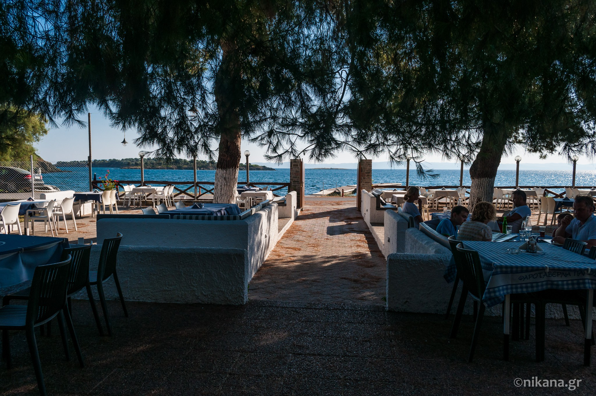 the best restaurants and dishes on sithonia  (34)