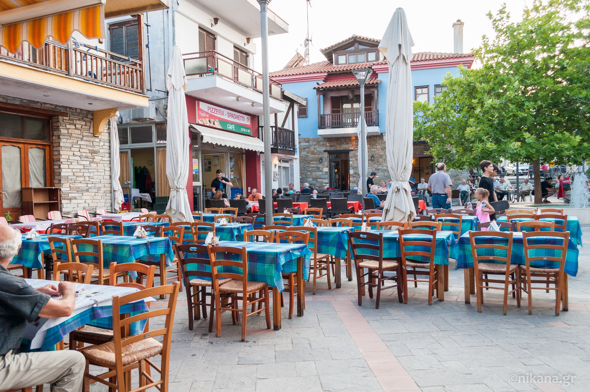 the best restaurants and dishes on sithonia  (9)