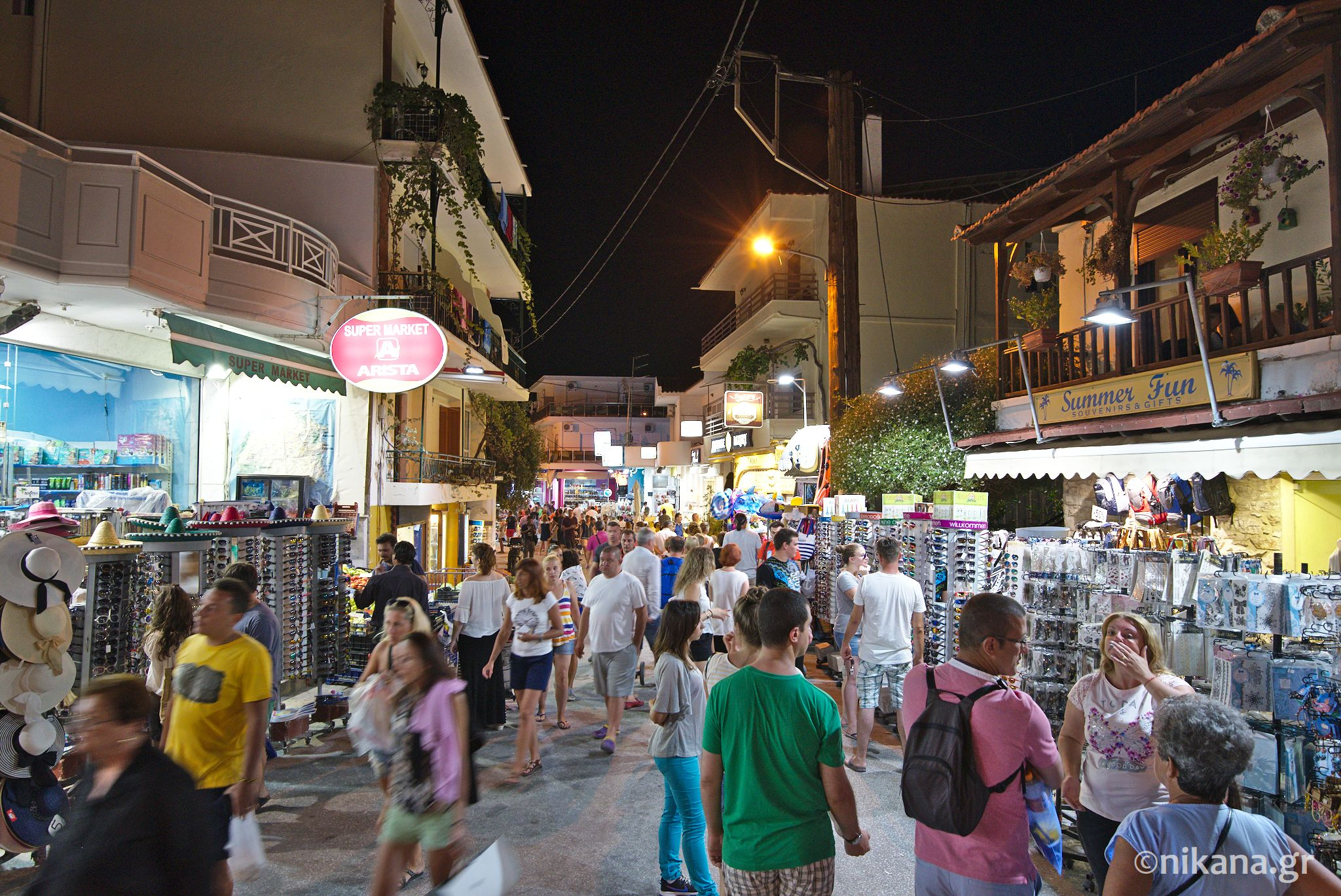 potos thassos by night 0001
