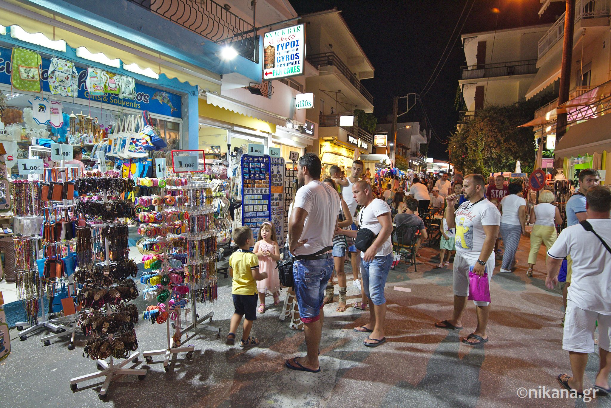 potos thassos by night 0005