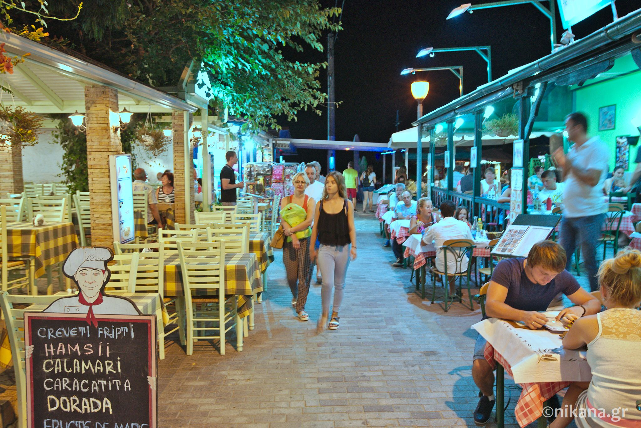 potos thassos by night 0011