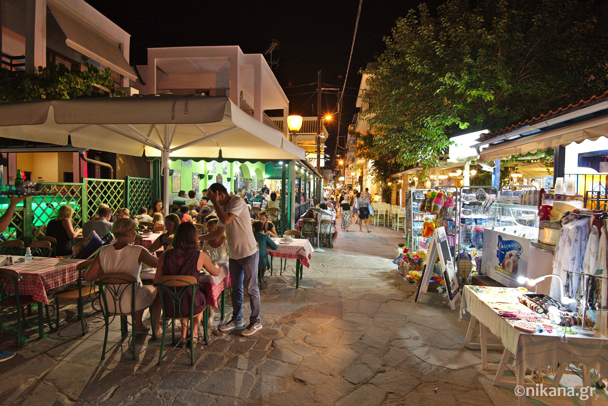 potos thassos by night 0013