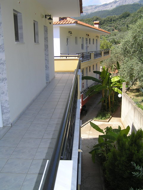 panorama villa golden beach thassos shared back terrace 2