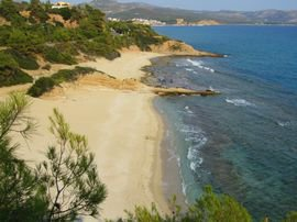 Trypiti beach - wild coves next to the beach 1