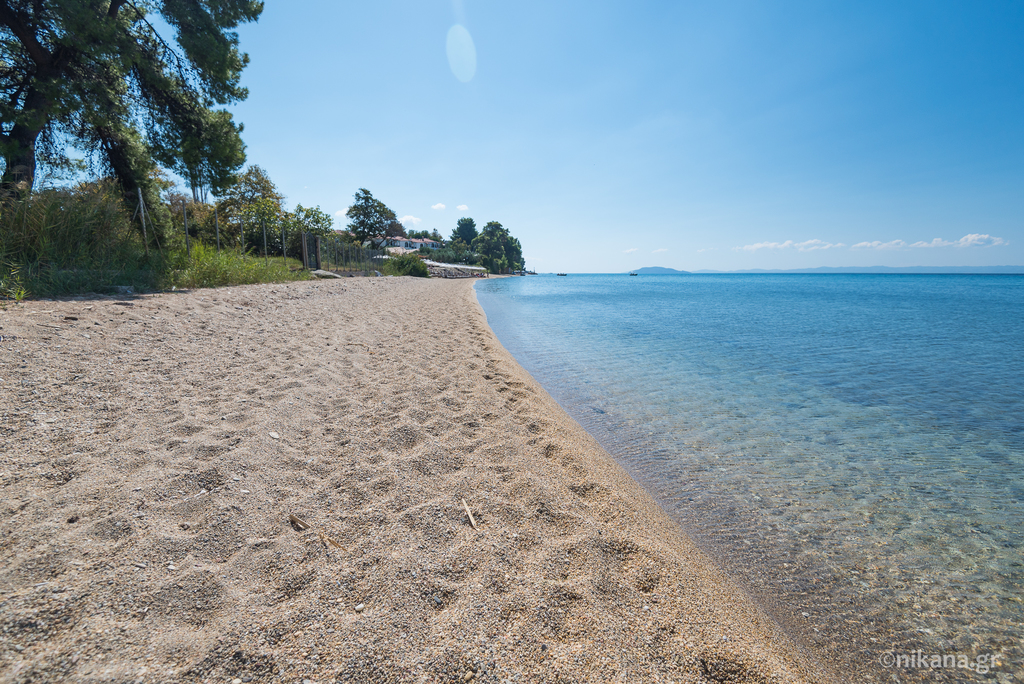 elia beach sithonia 17