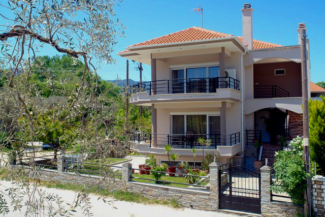 chris apartments limenas thassos 4