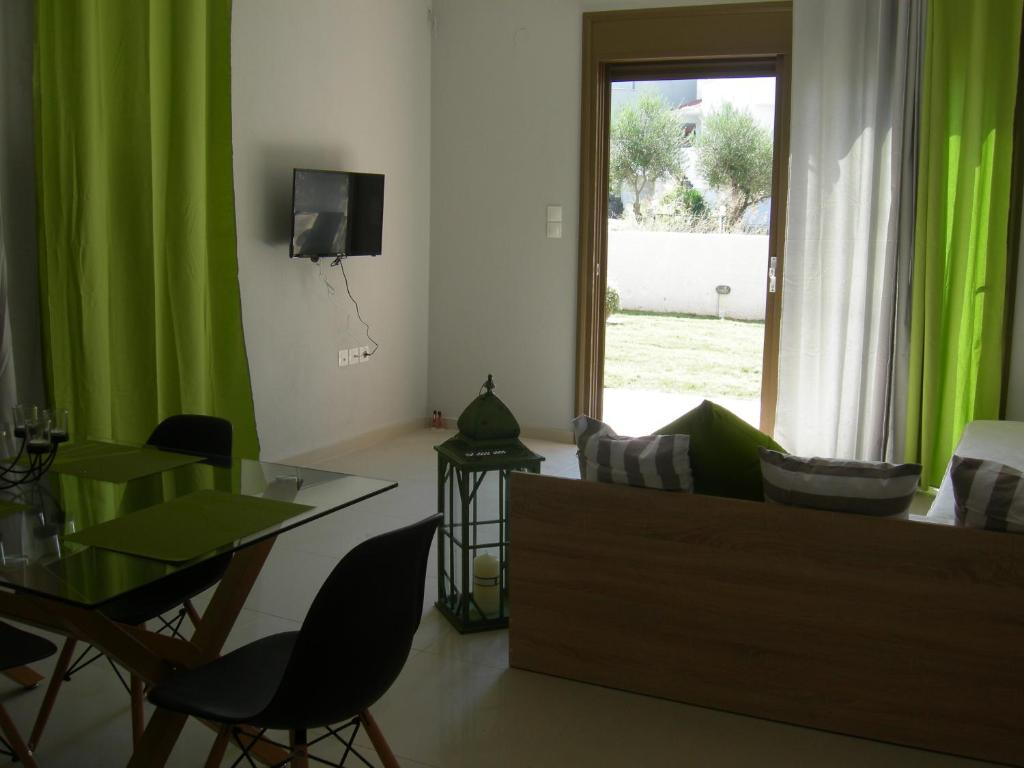 sweet home palio kavala 4+1 bed apartment green  (6)