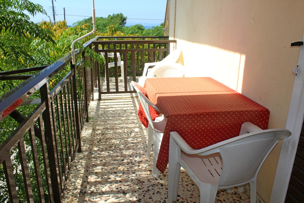afroditi apartments toroni sithonia 4 bed apartment 12