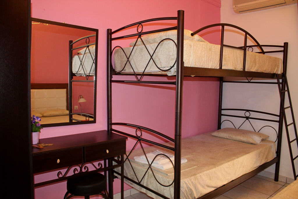 afroditi apartments toroni sithonia 4 bed studio bunk bed 9
